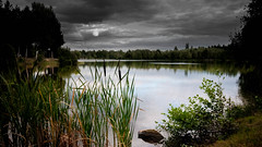 L'heure du loup (Dan Guimberteau) Tags: correze france limousin treignac ussel water lake sunset twilight nikon d90