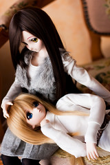 Together with you (bluebluewave) Tags: 50mm bjd yoko dd dollfie volks 50mmf14 shizuko ddii dollfiedream dddy nine9style
