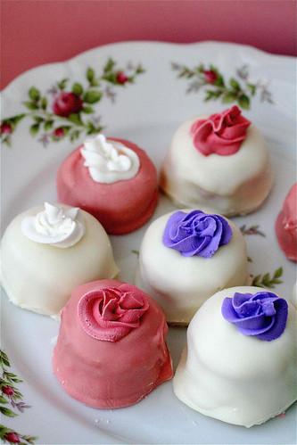 Shanon's Pink Velvet Cake Truffles