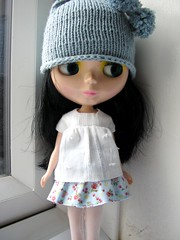 Handknit hat in blue