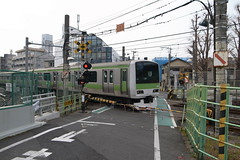 The only crossing on Yamanote line