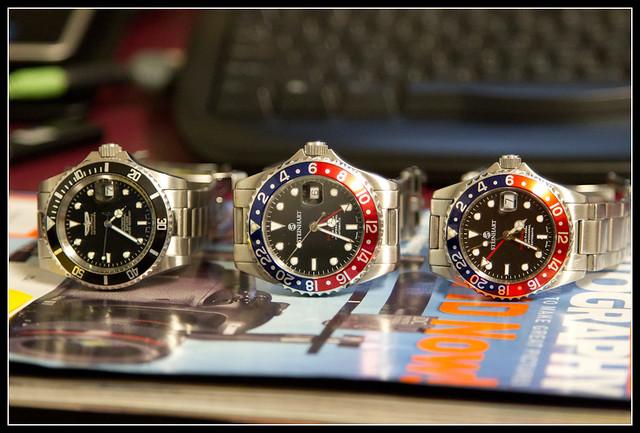 Steinhart Ocean 1 GMT Pepsi 42mm vs 39mm pictures