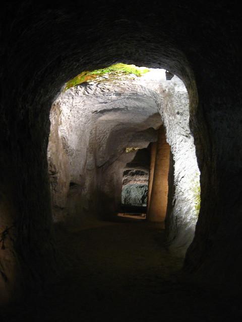 オルヴィエートの洞窟のフリー写真素材