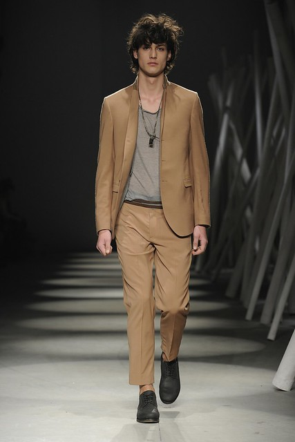 Gerrit Kramer3056_FW11_Mialn_Gazzarrini(Simply Male Models)
