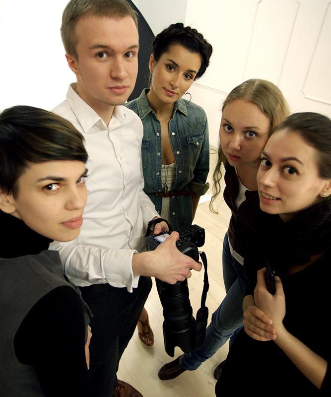 Кирилл Зайцев фотографирует Тину Канделаки