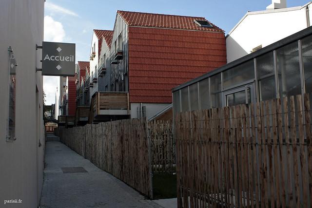 Impasse Casteggio, et ses logements sociaux transformés en village moderne