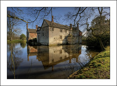 Baddesley Clinton Moated House (-terry-) Tags: flickr explore flickrexplore seeninexplore thepinnaclehof tphofweek151