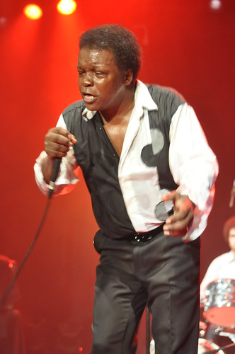Lee Fields & the Expressions by Pirlouiiiit 26022011