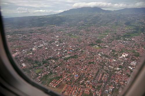 Bandung 732