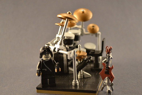 Custom minifig Pearl Reference Series Joey Jordison Drumset-Side View