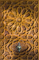 Moroccan Style Wood Door (Beum Gallery) Tags: door art work woodwork explore morocco maroc porte bois flickrexplore explored   moroccanpattern motifmarocain  travaildebois