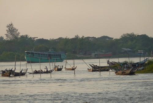 Yangon-Pathein-Bateau-Soiree (10)