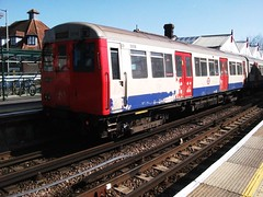 Metropolitan Line stock at Amersham station 19/03/11. (Ledlon89) Tags: london station train underground buckinghamshire transport tube railway metropolitanline tfl amersham alltypesoftransport