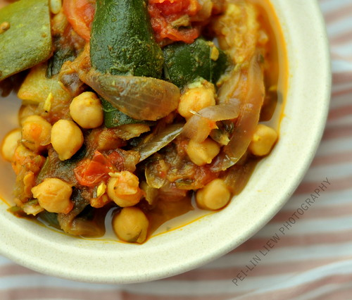 Zucchini, Tomato and Chickpea Tagine