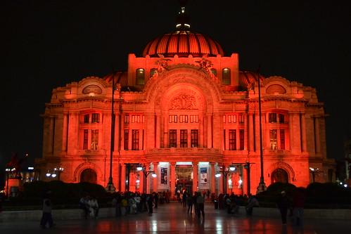Palacio de Bellas Artes Rojo