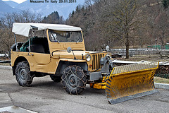 HOTCHKISS  m201 (marvin 345) Tags: old italy classic italia tn jeep merci voiture historic trento oldtimer trentino vecchio epoca storico vecchia hotchkiss 4x4offroad vecchie valdinon mezzano primiero hotchkissm201