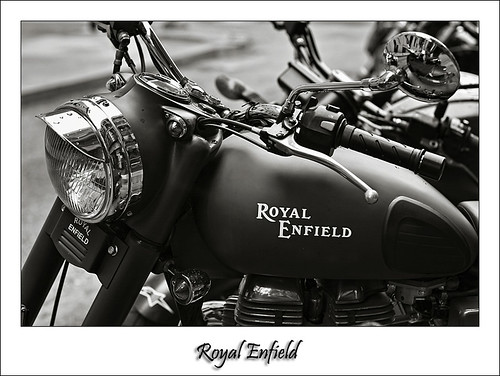 Royal Enfield 01