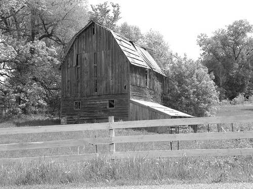 Steele Valley Barn B&W