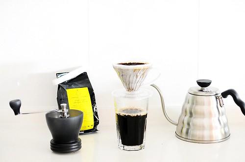 Oriole Coffee Roasters' Ethiopian Harrar + Hario V60 + Hario Buono drip kettle