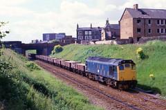 Boot On The Other Foot (Feversham Media) Tags: liverpool freighttrains merseyside britishrailways edgelane class25 sulzertype2 bootlebranch