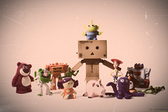 Big Happy Family (ronny..) Tags: old family friends portrait jessie toystory buzzlightyear stretch faded dolly sparks scratched chunk familyportrait wheezy groupofpeople hamm beatup sarge odc overdone danbo revoltech squeezetoyaliens danboard ourdailychallenge lotso'huggin'bear sargeandthebucketosoldiers