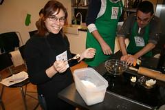Preparando la masa (De rechupete) Tags: bacon galicia tomate cebolla mejillones emp