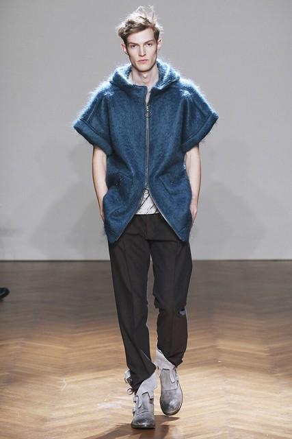 Adrian Bosch3103_FW11_Milan_Albino Deuxieme(Simply Male Models)