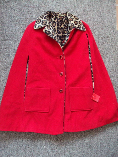 Vintage Leopard Reversible Cape (Red)