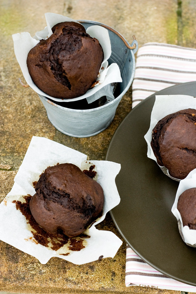 Nigella chocolate and banana muffins