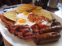 English Breakfast but for lunch (tofu_catgirl) Tags: food breakfast tomato bread lunch bacon yummy beans sausages eggs englishbreakfast wirral friedeggs heswall pubfood