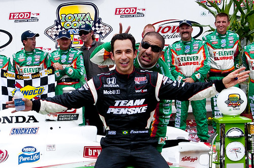 Tony Kanaan and Helio Castroneves at Iowa Speedway