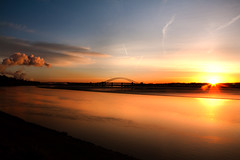 Sunrise Over Runcorn (juliereynoldsphotography) Tags: