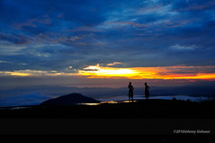 Hutaginjang -DSC_0037 (Johnny Siahaan) Tags: sunset mountains misty clouds sunrise indonesia gunung batak toba laketoba sumatera huta danautoba sumaterautara tobalake matahariterbit tapanuliutara hutaginjang taput johnnysiahaan mataharipagi fotodanautoba fotohutaginjang