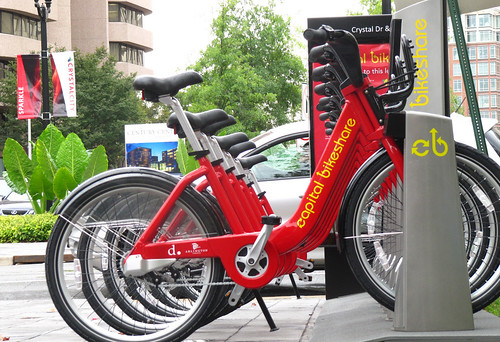 Capital Bikeshare in DC (by: James D. Schwartz, creative commons license)