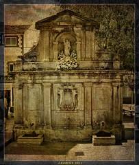 Fuente De Los Caños..(GUADARRAMA) (((((((-charly-)))))) Tags: canon atardecer antigua monumentos imagenes pueblos guadarrama 2011 encantos 450d vosplusbellesphotos