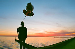 Valentines Day (hanuhgrace) Tags: sunset lake water balloons hearts lakefront