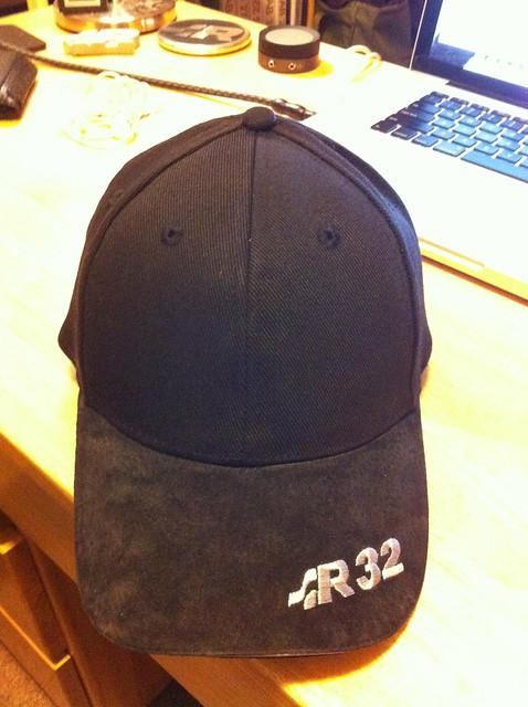 Suede R32 hat