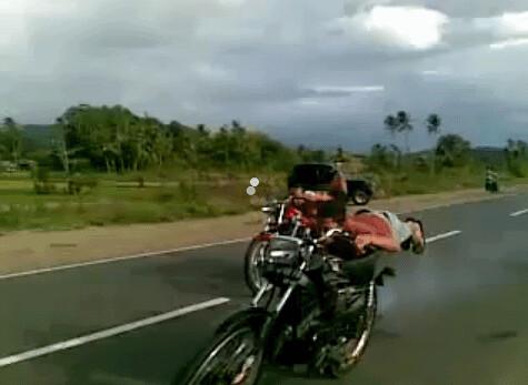 5467766901 392840881b Aksi Balap Liar Silandit Padangsidimpuan, Mau Dibiarkan....?