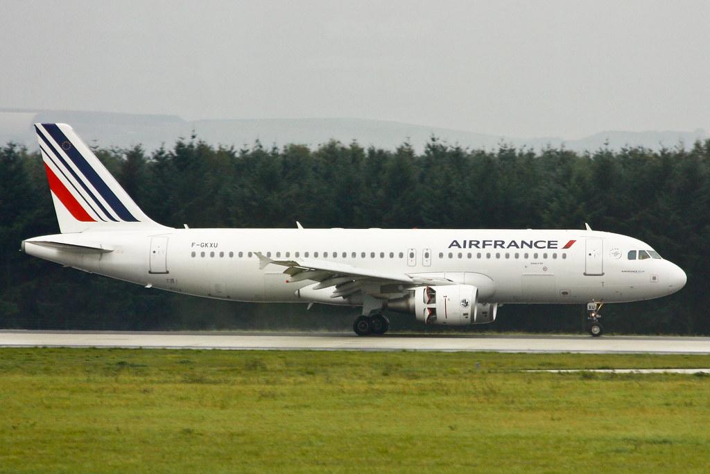 Air France - F-GKXU - Airbus A320-214