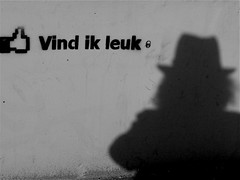 I like it (Akbar Sim) Tags: shadow bw holland me netherlands hat zwartwit nederland denhaag thehague selfie ilikeit akbarsimonse vindikleuk akbarsim