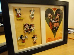 Minnie & Mickey - Disney Pin Frame (miss.cherie_xx) Tags: love pin postcard disney disneyworld postcards mickeymouse minnie minniemouse wdw waltdisneyworld pintrading disneypin disneypintrading