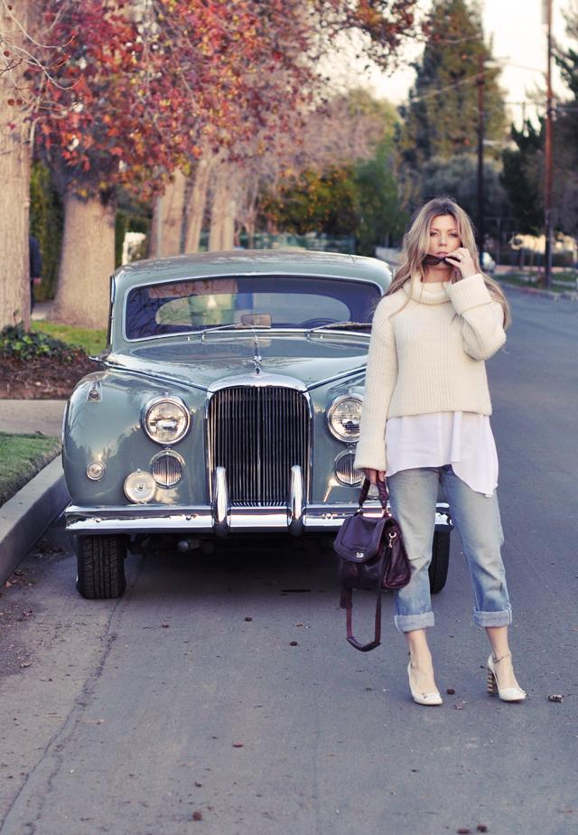 50's jaguar, vintage levis, marc jacobs shoes, cynthia rowley bag, cropped sweater, blonde hair, retro, heels, DSC_0038