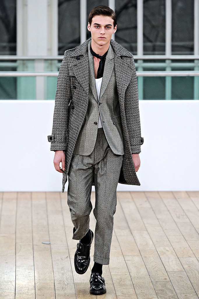 Robbie Wadge3488_FW11_London_Topman Design(VOGUEcom)