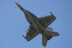 RAAF F/A-18F Rhino (Super Hornet) A44-204 (CanvasWings) Tags: canon airplane fighter military jet super aeroplane airshow rhino hornet boeing f18 bomber raaf avalon fa18 a44 superhornet fa18f 550d canon550 australianinternationalairshow canon550d avalon2012