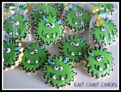 Monster Cookies (East Coast Cookies) Tags: green cookies horns monsters monstercookies greencookies decoratedcookies