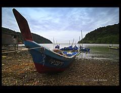 Bot Nelayan (Zack Gomez) Tags: landscape fishermanboat pulauaman zackgomez