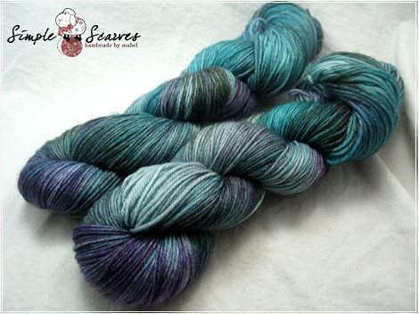 Handdyed Superwash MCN in Sherwood