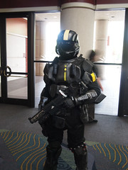 Halo (Fernando Lenis) Tags: pen orlando photos cosplay halo olympus fernando fl megacon cosplayers 2011 lenis epl1