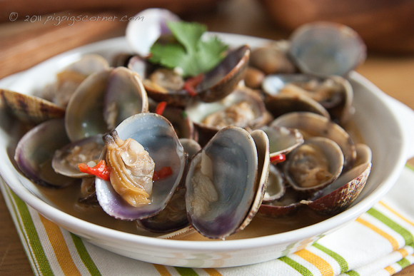 Garlic & Chili Clams 2