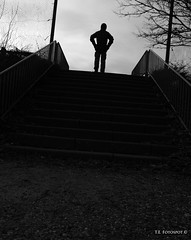 Entrylevel (Lodderup) Tags: bw youth canon foto social casper critic ambience adulthood adolescence photojornalism 600d emtion dmjx lodderup